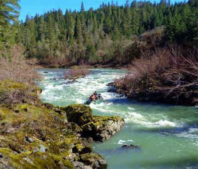 south-Umpqua-river-fishing