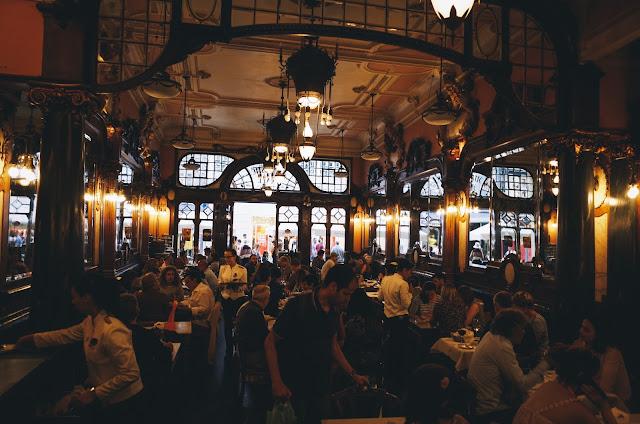カフェ・マジェスティック (Café Majestic)