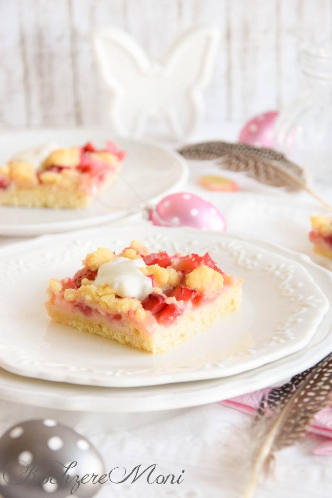 Kochzeremoni Saftiger Erdbeer Rhabarber Streuselkuchen Mit Quark öl