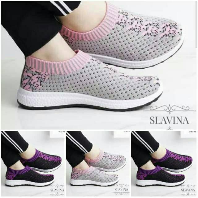 Sepatu Wanita Slip On Bintik