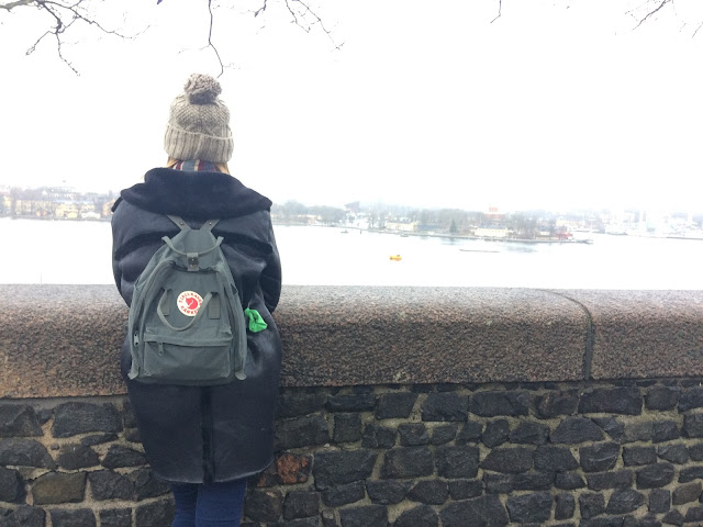 Tourist shot in Stockholm - with Fjallraven backpack