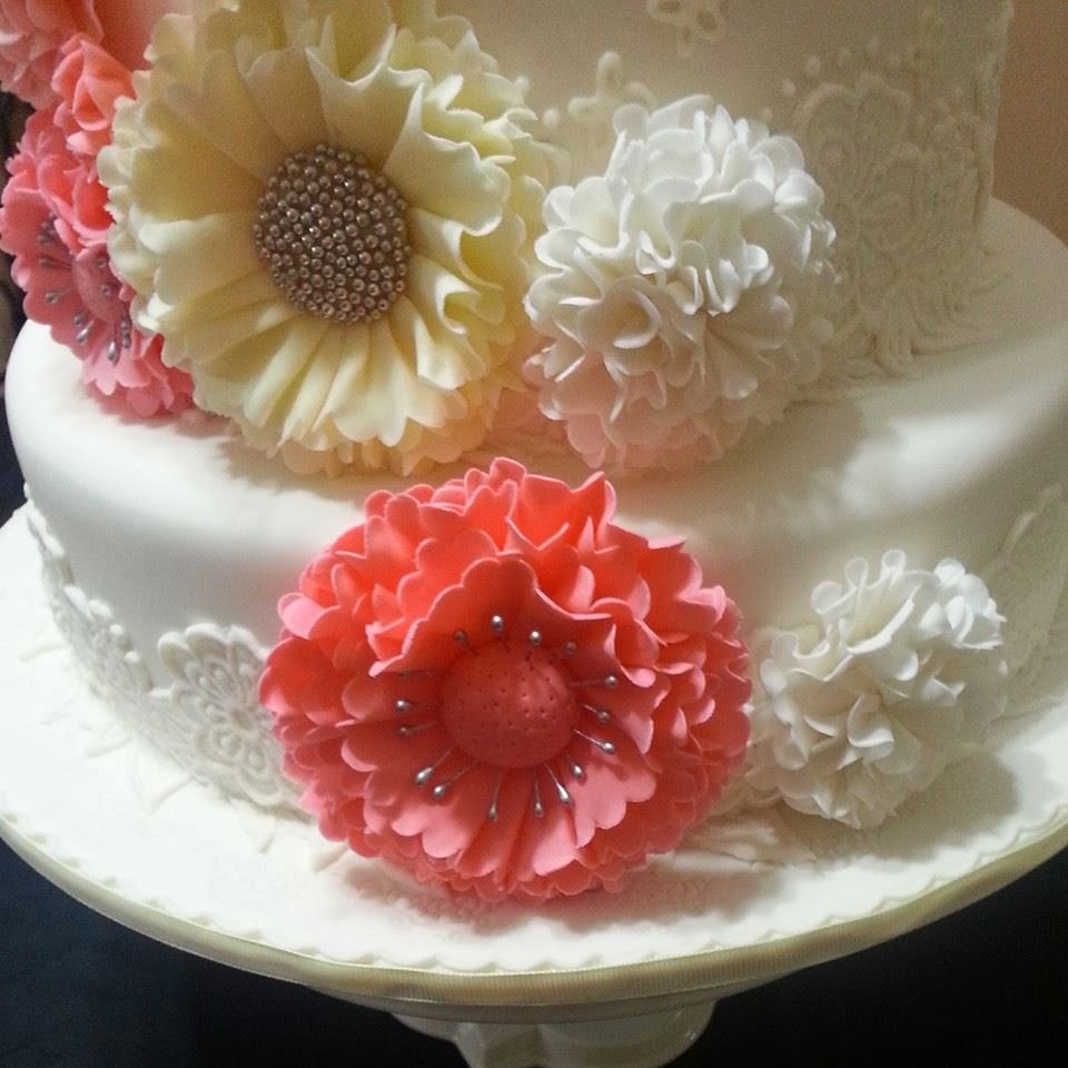 Everything You Need To Know About Wedding Cake: GG Home Biz Cakes & Wedding Cakes: Spring Vintage 3-tier