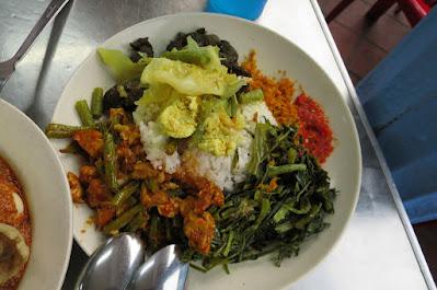 Kampong Glam Cafe, nasi padang