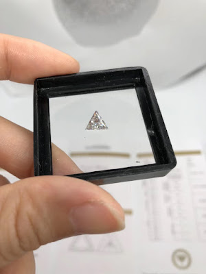 Moissanite-Diamond-Stones-Triangle-shape-gemstone-suppliers