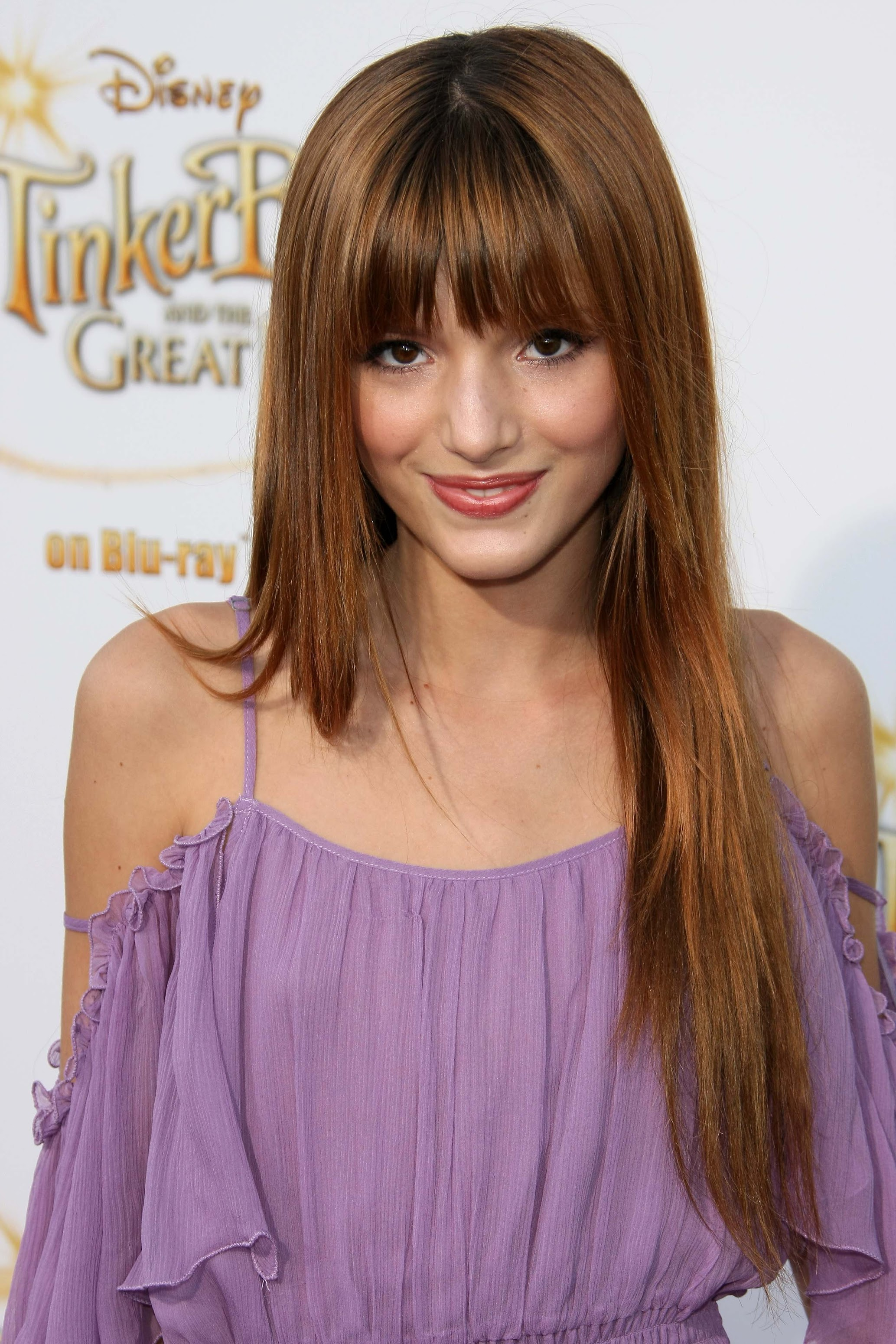 Bella Thorne pictures gallery (1) | Film Actresses
