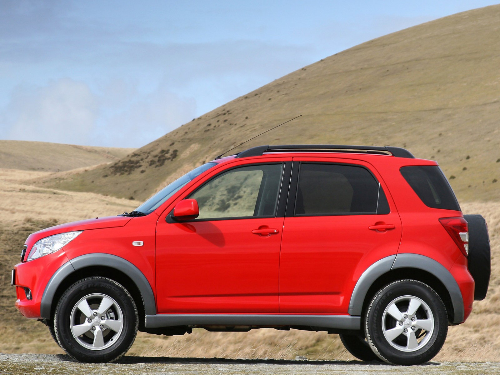 Car Pictures: Daihatsu Terios 2007
