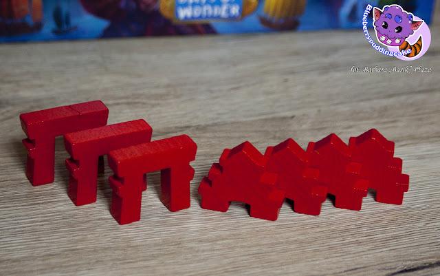 Tori i Pałace dają punkty graczowi który buduje na wokoło nich, samo zaś zbudowanie przyczynia się do otrzymania wachlarza.
