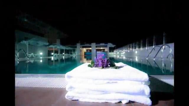 Intercontinental Hotel, Swimming pool