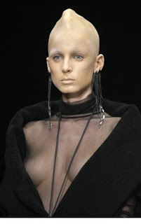 desfile de modas alienigena