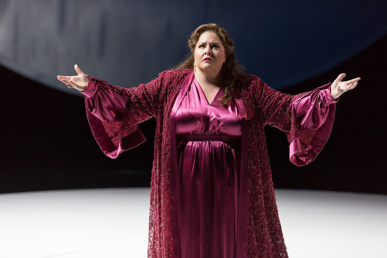 IN PERFORMANCE: soprano ANGELA MEADE in the title rôle in Washington National Opera's production of Georg Friedrich Händel's ALCINA, November 2017 [Photo by Scott Suchman, © by Washington National Opera]