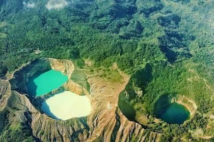 Danau Kalimutu, Pesona Danau Yang Sering Berubah-Ubah Warna
