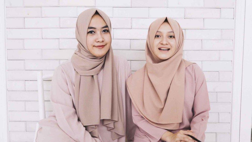 Vanilla hijab, Kisah sukses pembisnis muda di indonesia dari bermodal  instagram sampai omset 20 miliar Perbulan - DIALOGKITA