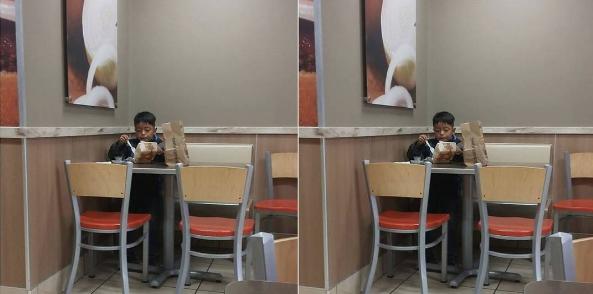Orang Tua Sibuk Bekerja, Anak Ini Makan Sendirian Sambil Memojokkan Diri