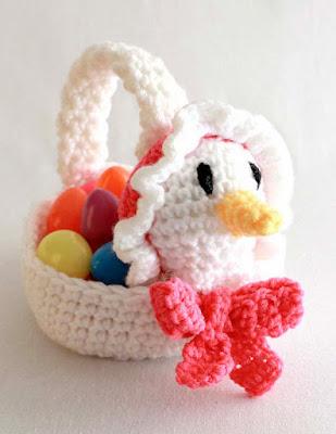 Crochet goose Easter basket
