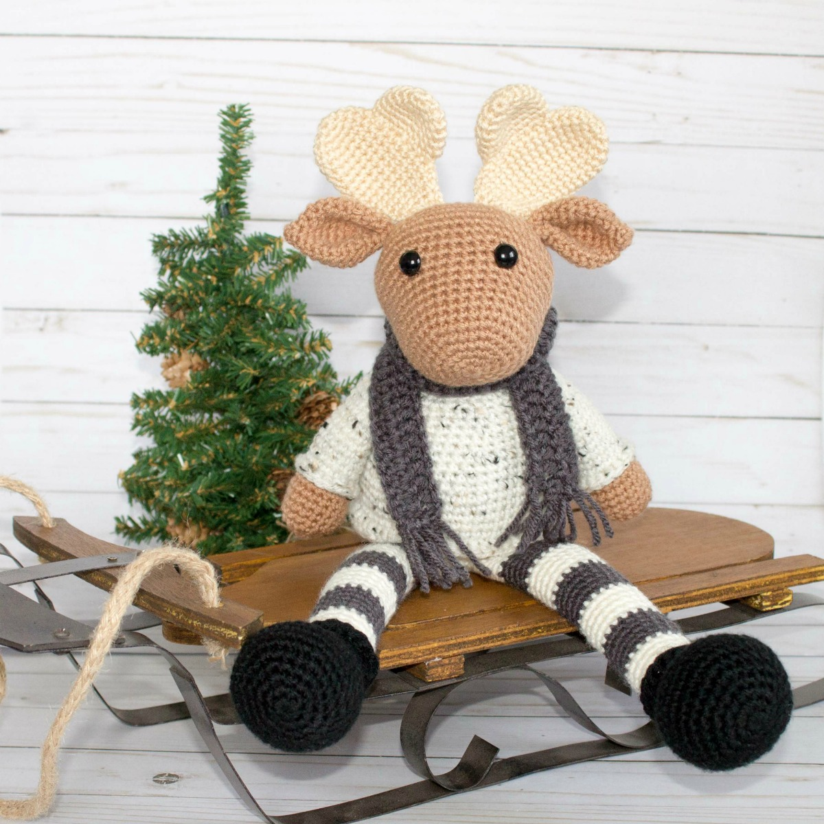 Free Crochet Moose and Crochet Reindeer Pattern - thefriendlyredfox.com