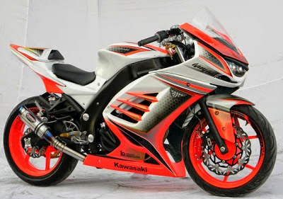 http://www.boncel.in/2014/12/modifikasi-kawasaki-ninja.html