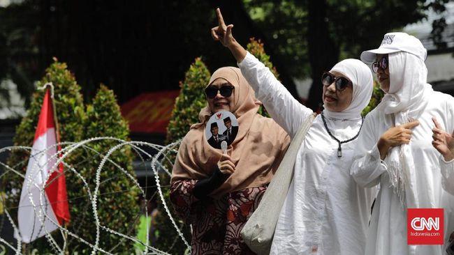 LSI, Sebanyak 63,8 Persen Pemilih Muslim Pilih Prabowo-Sandi