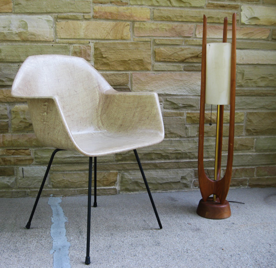 Gotcha Modern!: 1950s Eames-Esque Fiberglass Bucket Arm ...