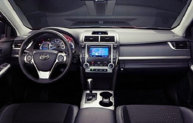 2016 Toyota Camry V6 Xle Interior