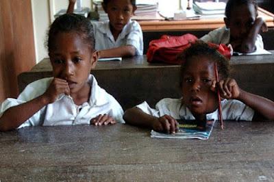 Kabupaten Teluk Wondama Papua Barat Kekurangan Guru
