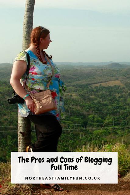 The Pros and Cons of Blogging Full Time
