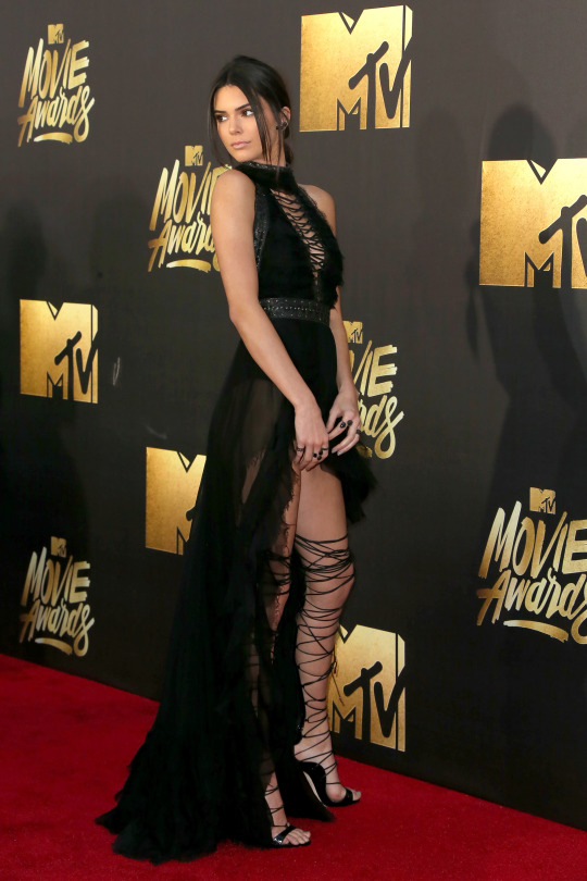 Kendall Jenner - 25th Annual MTV Movie Awards