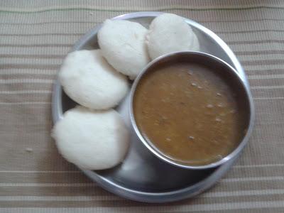 http://paakvidhi.blogspot.in/2013/08/idli.html