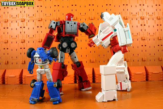 shadow fisher masterpiece ironhide and ratchet upgrade kit