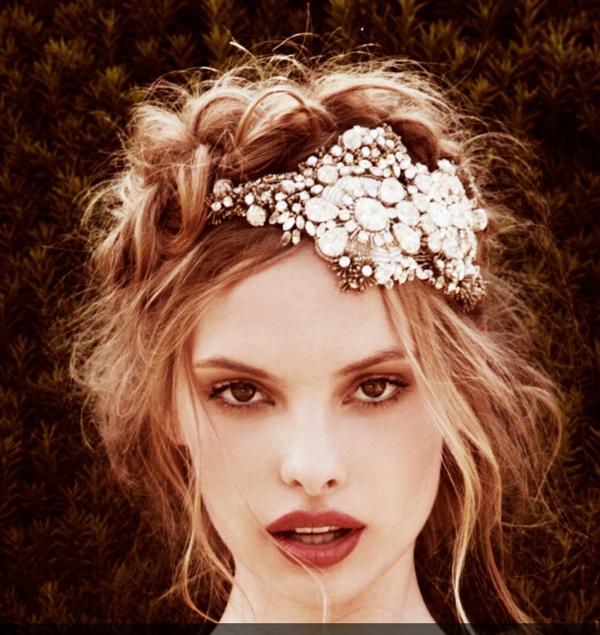 Wedding Vintage Style Hair Accessories: Natasha Wedding Essentials: Vintage Bridal Hair Looks