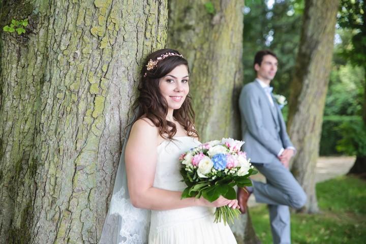 http://www.lisahoshi-photographie.com/2015/10/eloise-francois-mariage-souppes-sur.html