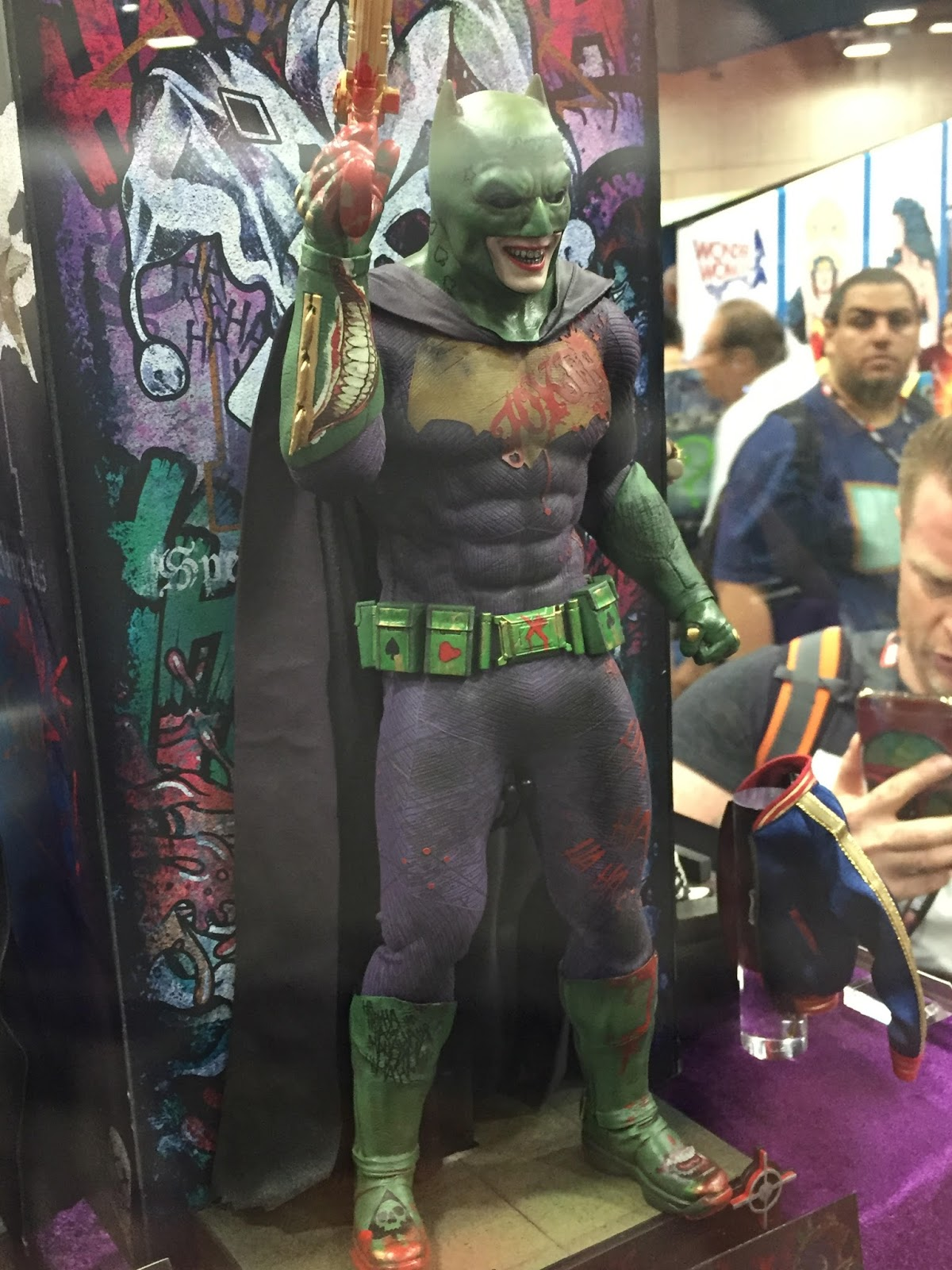 Now that SUICIDE SQUAD is out in theaters breaking August box office records opening to over $267 million worldwide reports have been coming out about ...  sc 1 st  DailySuperHero.com & Was the Joker Imposter Batman Suit Cut Out From SUICIDE SQUAD?
