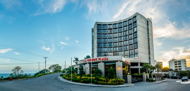 Crown Plaza hotel in Port Moresby  put up for sale