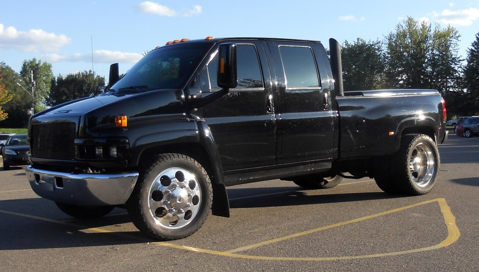All Chevy chevy c4500 : AutomoZeal: Big Ol' Galoot on 6 wheels: The Monroe Upfitted GMC ...