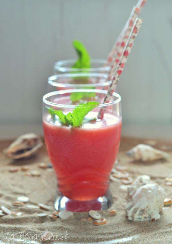 Limonada de sandía y hierbabuena sin azúcar