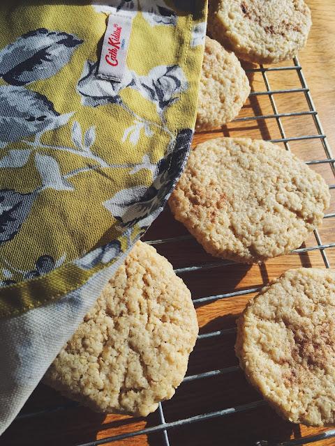 Leftover Shortcrust Pastry & Oat Cookies