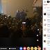 Az index élő közvetítésén is megjelentek a Macron emberei, hogy biztassák a tömeget