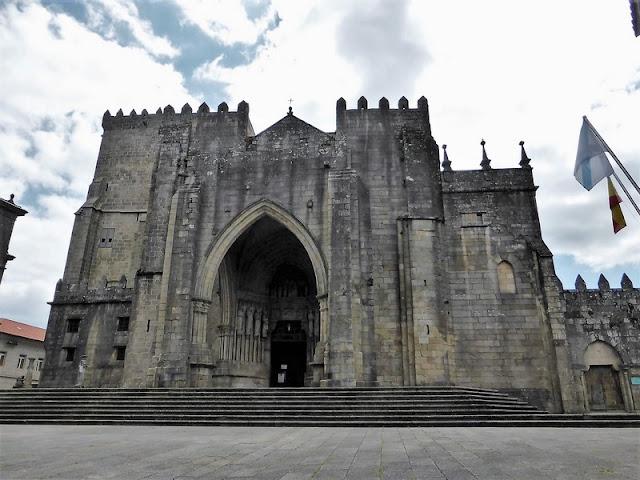 Fachada de la Catedral de Santa María de Tui