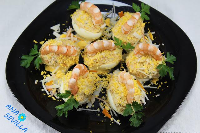 Huevos rellenos de langostinos Ana Sevilla cocina tradicional