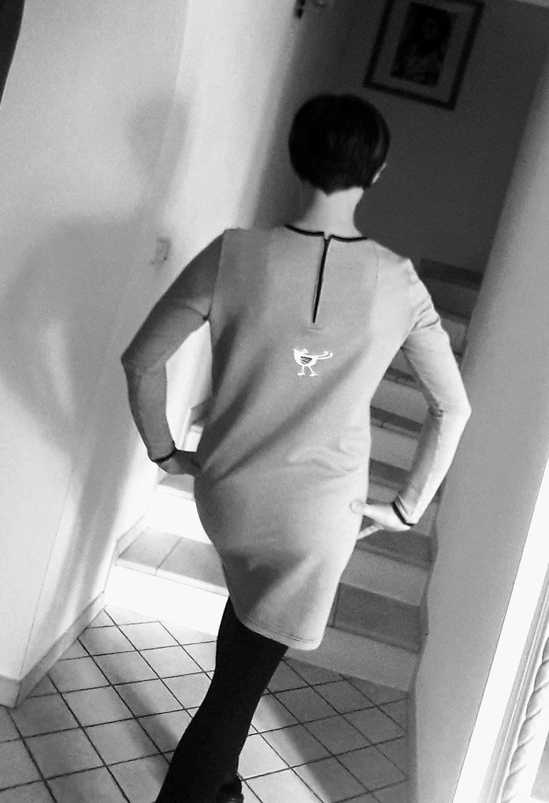 Ein Kleid für mich | TINA OVALI