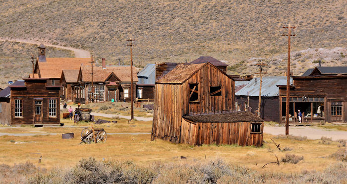 30 Ghost Towns Across The Globe