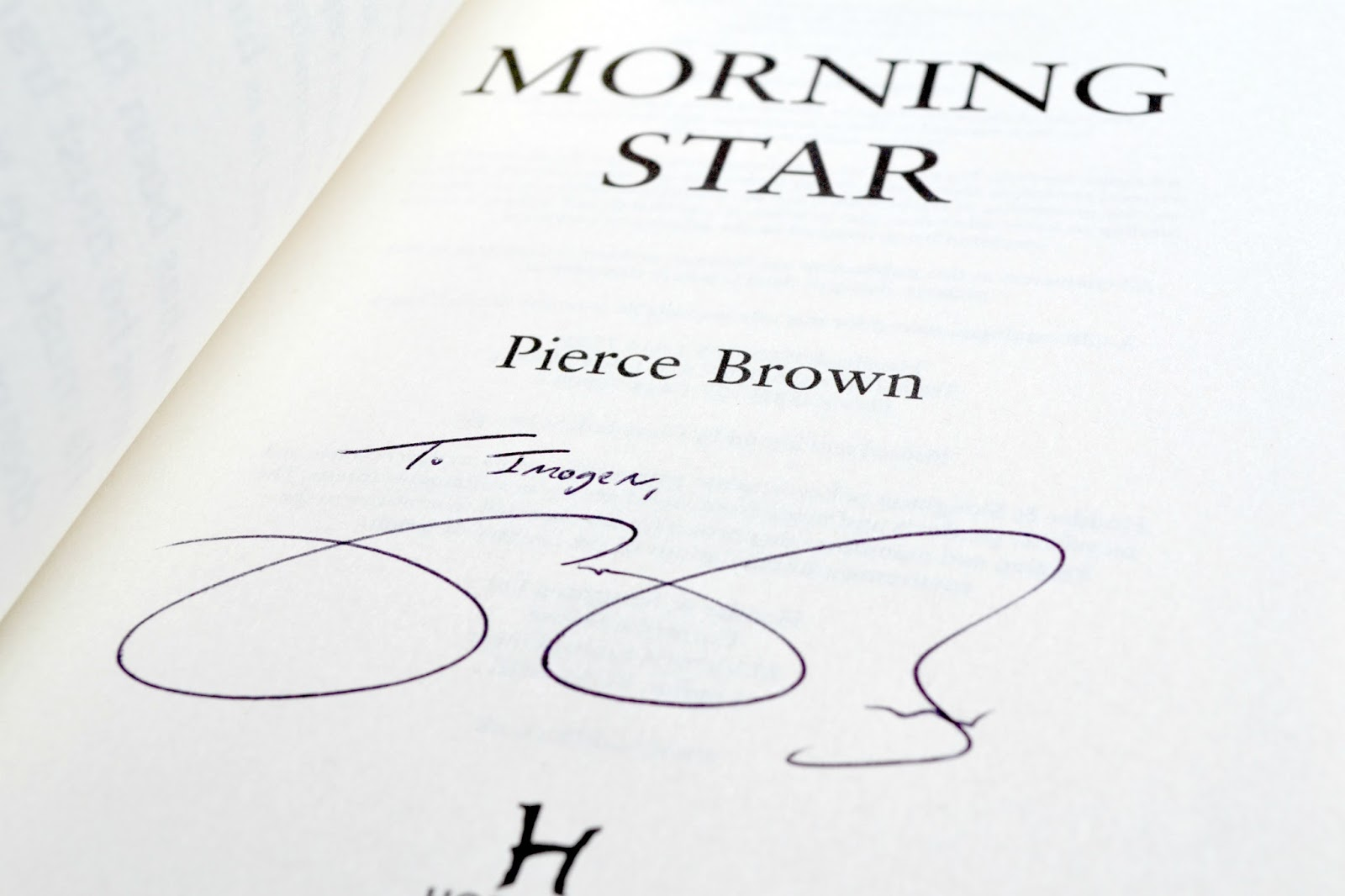 Pierce Brown autograph