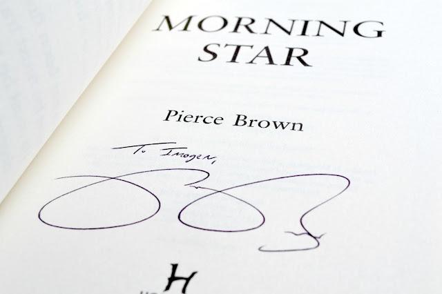 Pierce Brown autograph