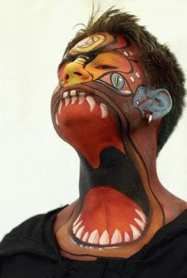 Pintura de rostro monstruo