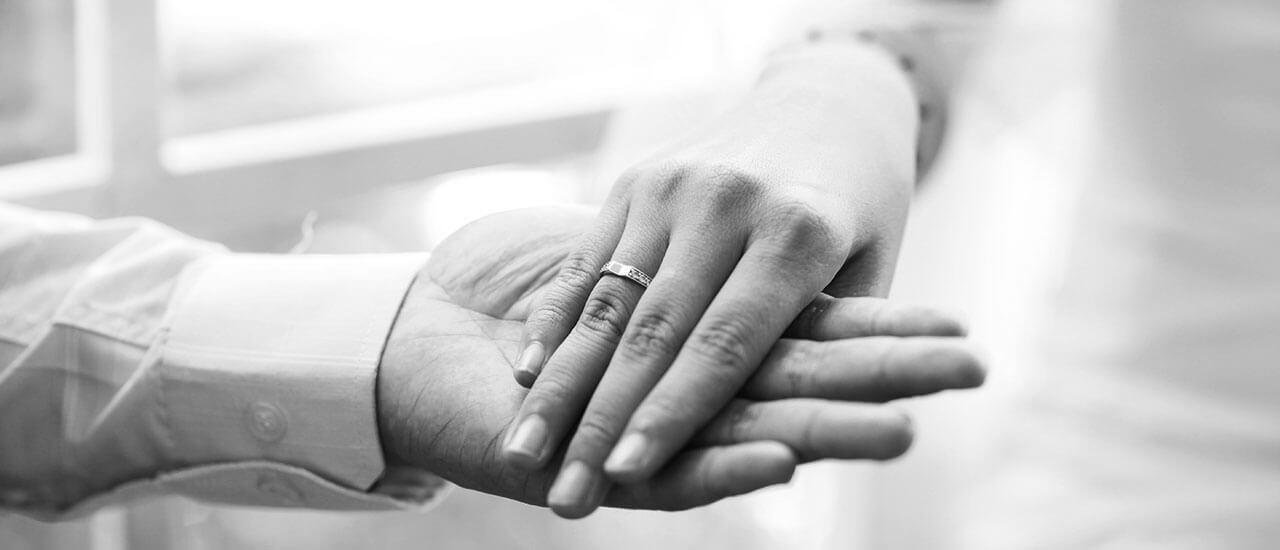 एका हातात तुझा हात - मराठी कविता | Eka Hatat Tujha Haat - Marathi Kavita