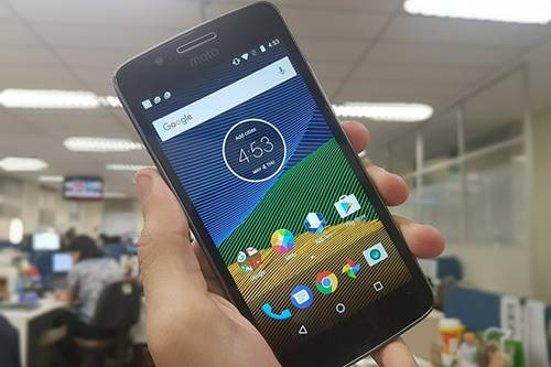Moto G5: smartphone tem Android 7.0 Nougat