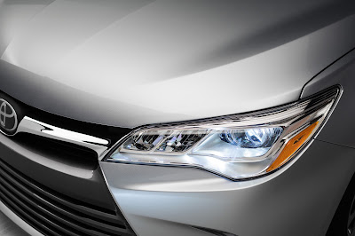 toyota camry 2017 front lights image