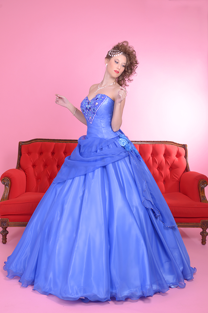 INOLVIDABLES 15: Cómo Elegir el Color del Vestido Según el Tono de ...