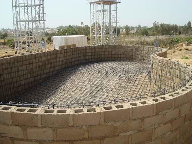 Swimming pool construction pool construction designs for Disadvantage of indoor swimming pool