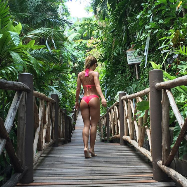 popular Russian fitness models kate Usmanova