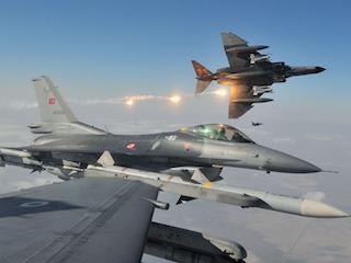 39 τουρκικές παραβιάσεις στο Αιγαίο σε μία μόνο ημέρα!